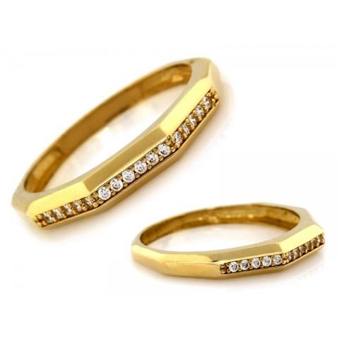 Pierścionek złoty obrączkowy nowoczesny